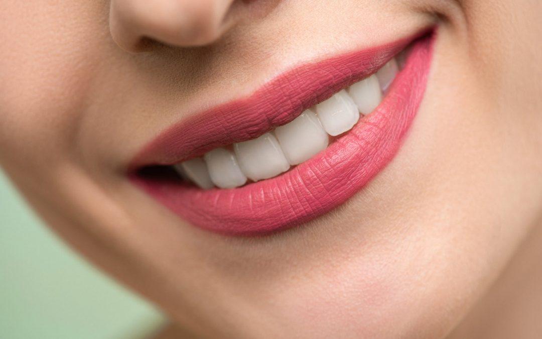 Vitaminas y minerales necesarios para unos dientes sanos